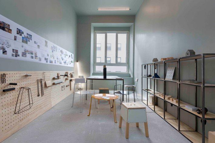 Residency base milano for Design hostel milano